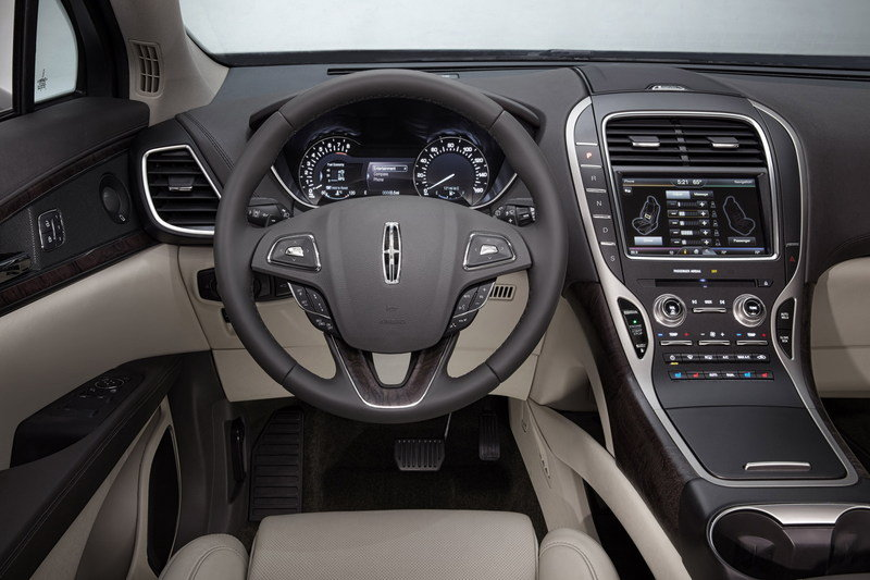 2016 Lincoln MKX Interior High Resolution - image 610805
