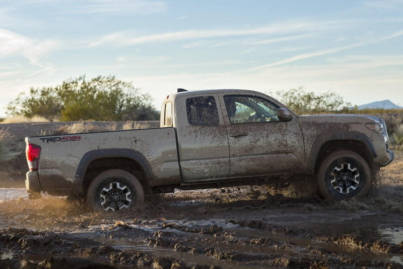 2016 Toyota Tacoma High Resolution Exterior - image 610528