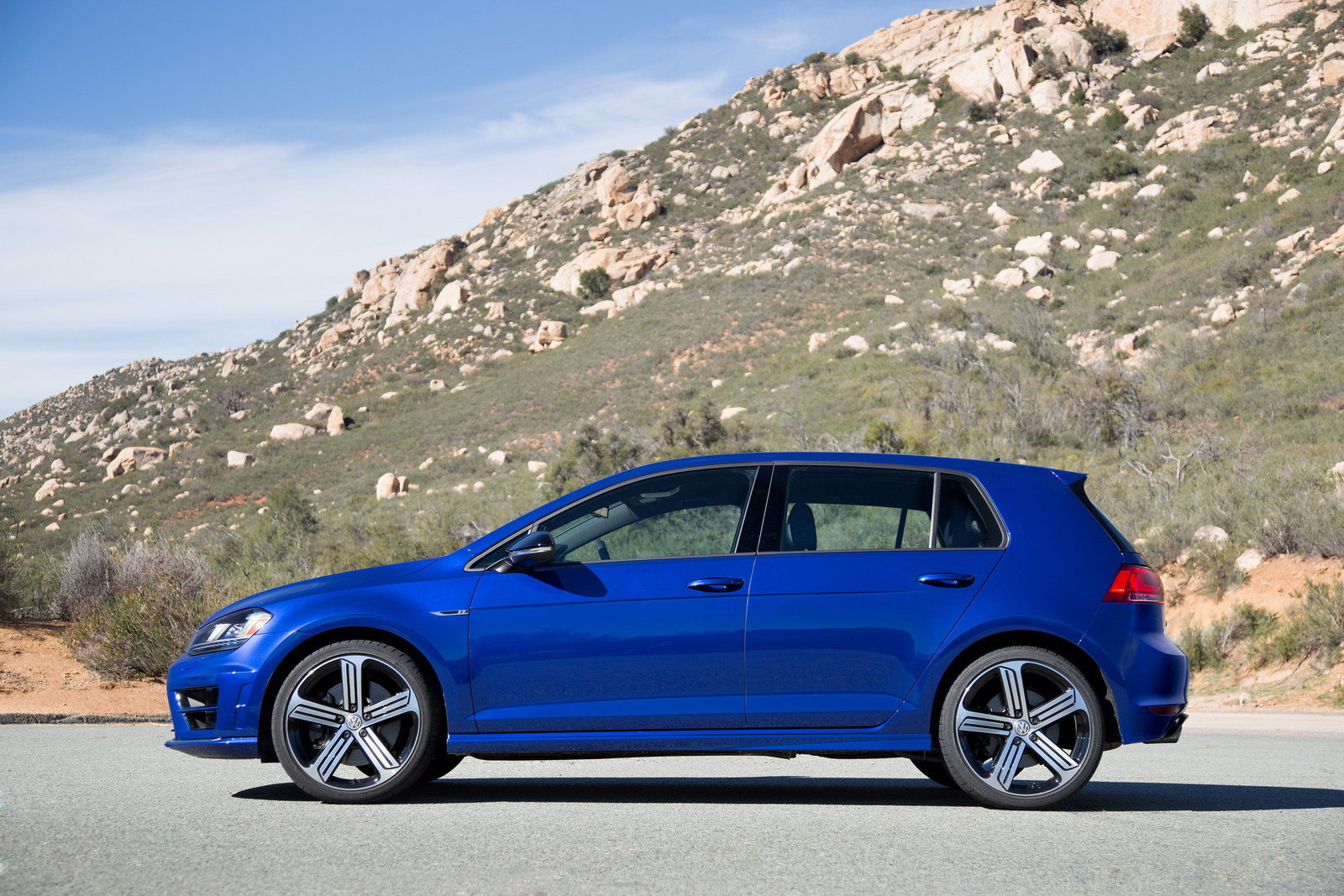 2016 Volkswagen Golf R - Picture 613741 | car review @ Top Speed