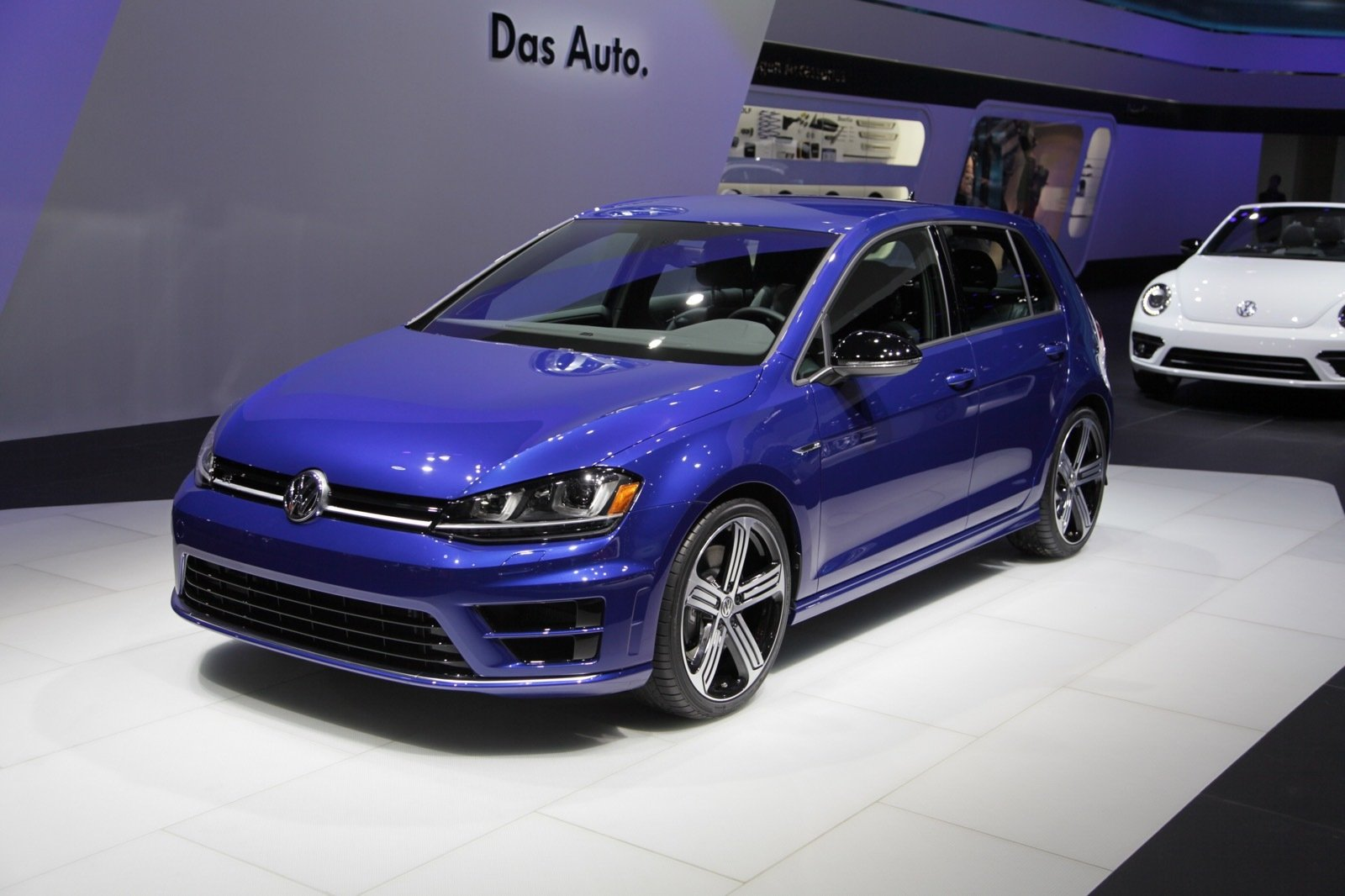 2016 Volkswagen Golf R - Picture 613191 | car review @ Top Speed