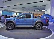 2017 Ford F-150 Raptor - image 611051