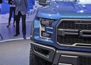 2017 Ford F-150 Raptor - image 611060
