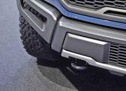 2017 Ford F-150 Raptor - image 611064