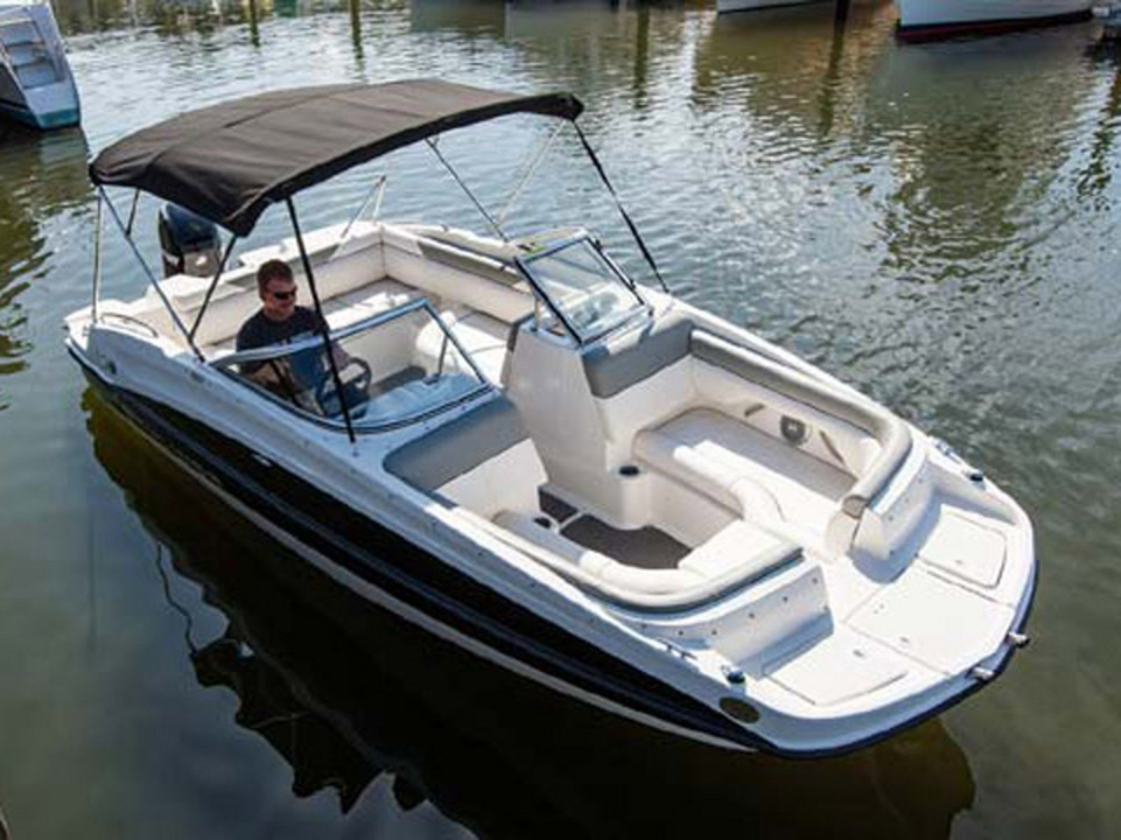 2014 Bayliner 190 Deck Boat Review - Top Speed