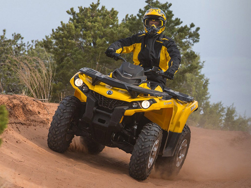 2015 Can-Am Outlander DPS