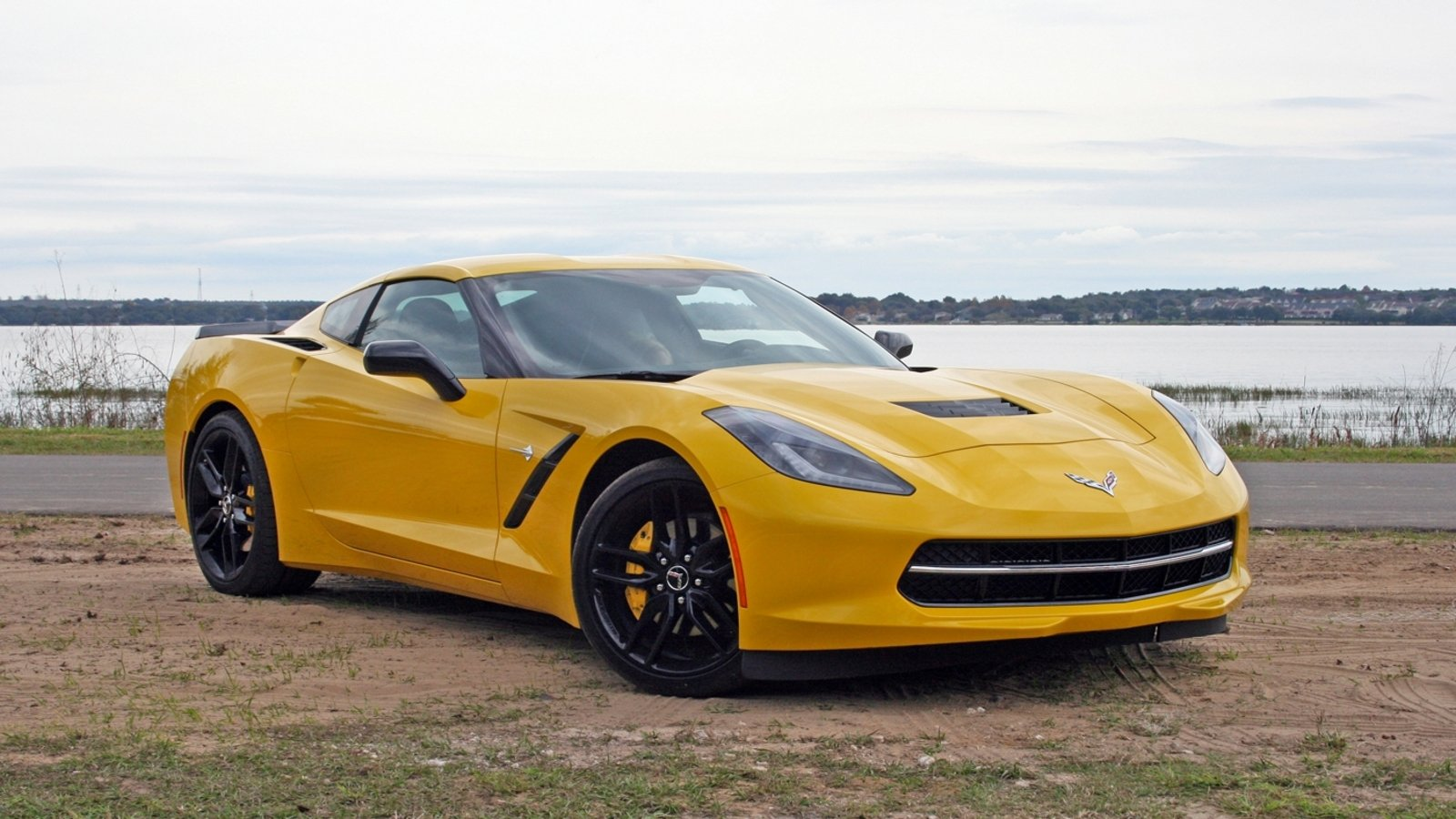 Chevrolet Caught Testing Mid-Engined Corvette In A Funky ...
