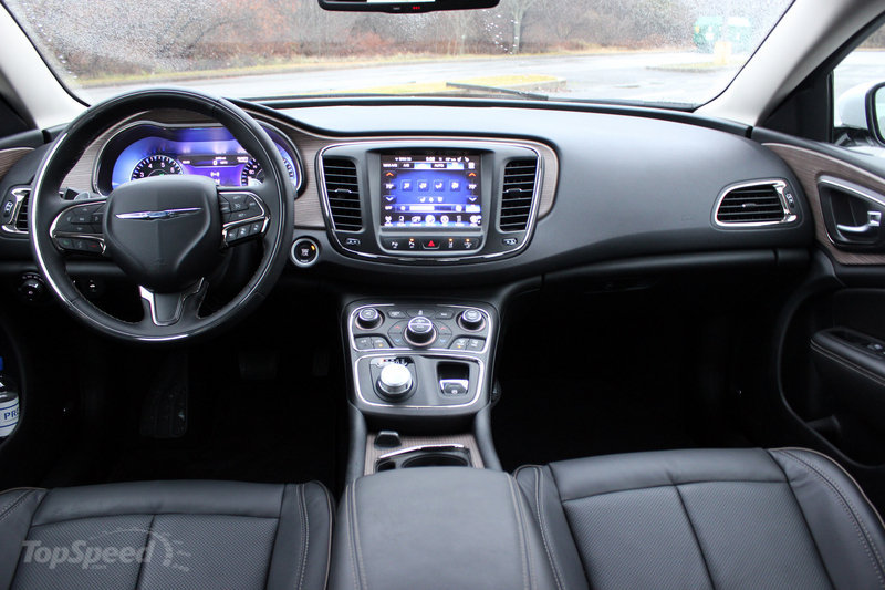 2015 Chrysler 200C - Driven High Resolution Interior - image 608447