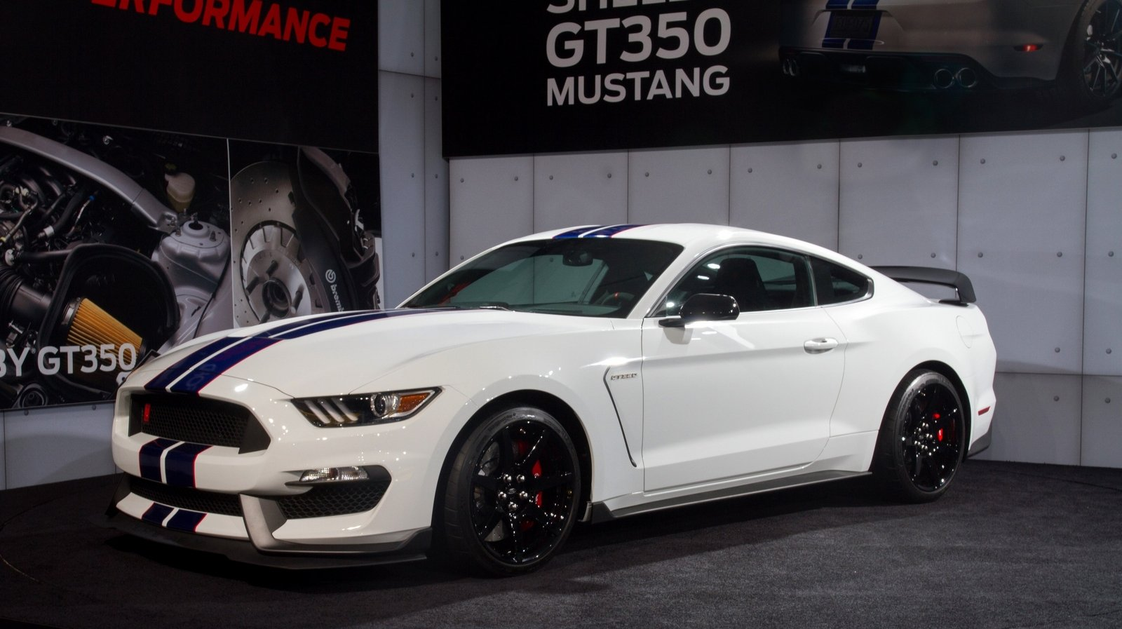 first shelby gt350r mustang auctioned for 1 million news. Black Bedroom Furniture Sets. Home Design Ideas