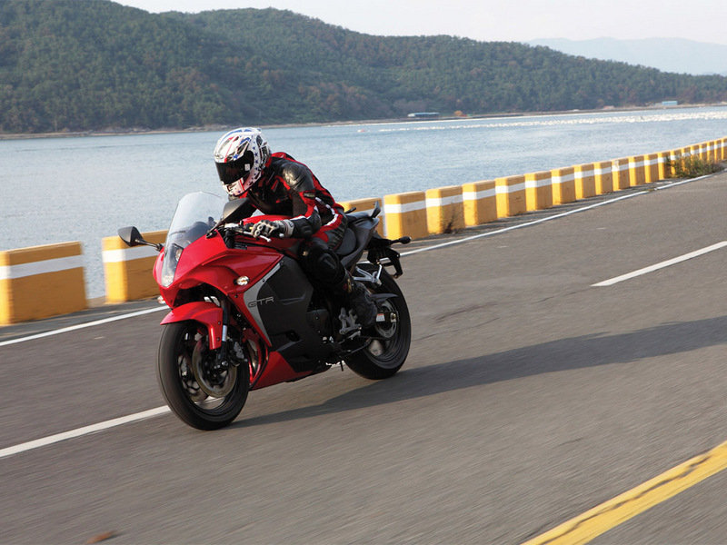 2015 Hyosung GT250R High Resolution Exterior - image 613539