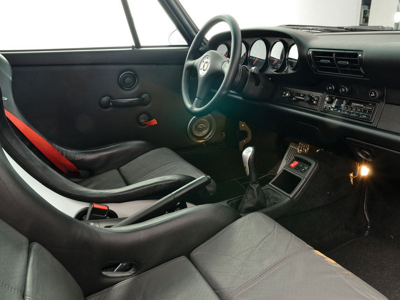 1995 - 1996 Porsche 911 Carerra RS (993) Interior - image 609732