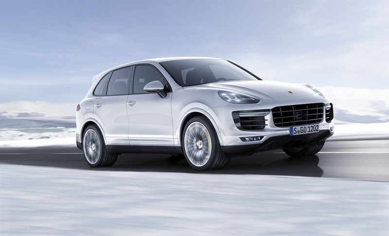 Porsche Cayenne Turbo S Brings its 570 HP to Detroit High Resolution Exterior Wallpaper quality - image 610588