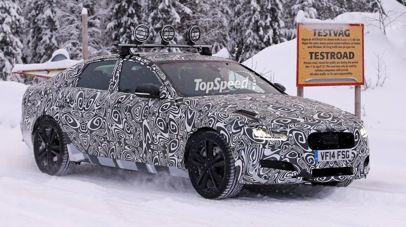 Spy Shots: 2016 Jaguar XF Caught Playing in the Snow