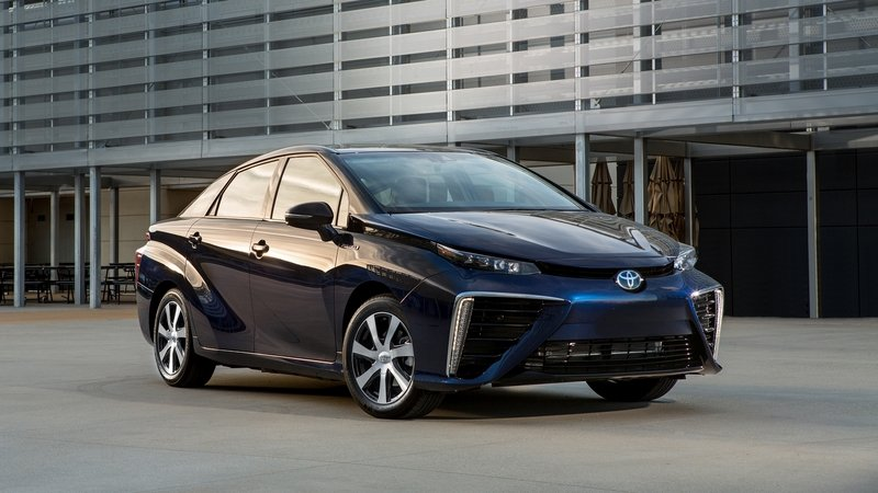 Toyota Plans to Triple Mirai Production Due to Unexpected Demand
