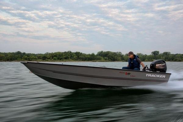 2015 Tracker Guide V 16 Laker Dlx T Review Top Speed