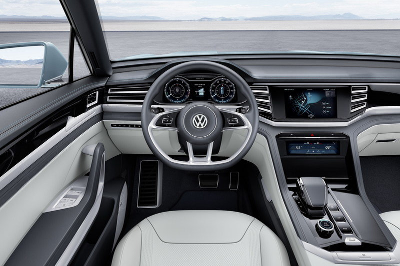 2015 Volkswagen Cross Coupe GTE Interior - image 609984