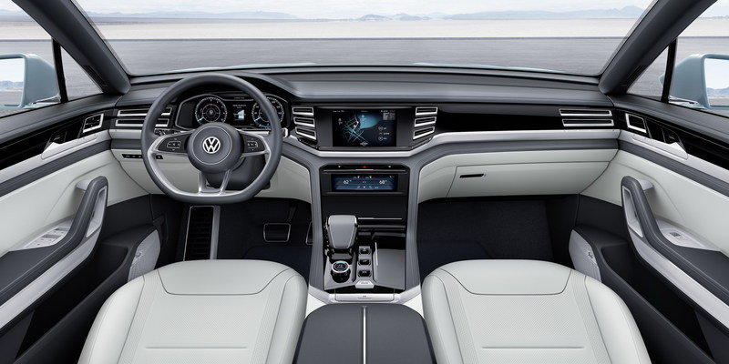 2015 Volkswagen Cross Coupe GTE High Resolution Interior - image 609985