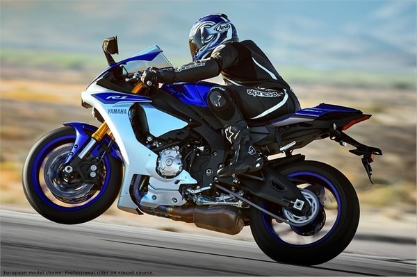 2015 yamaha yzf r1 motorcycle review top speed for Yamaha r1 top speed