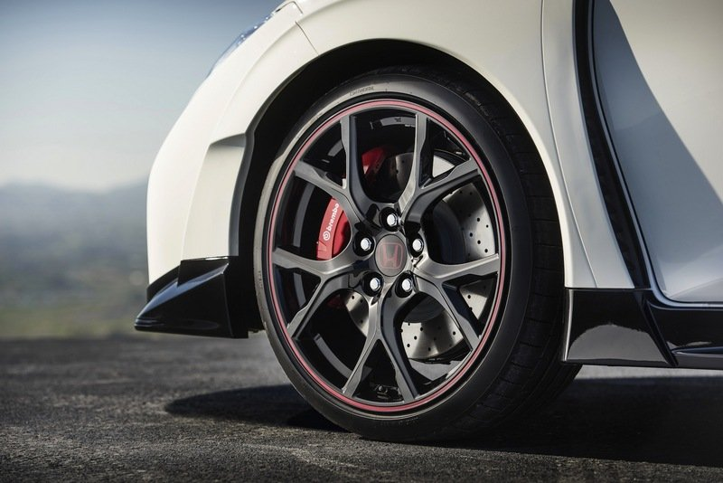 New Civic Type R Can Hit 167 MPH Exterior - image 616194
