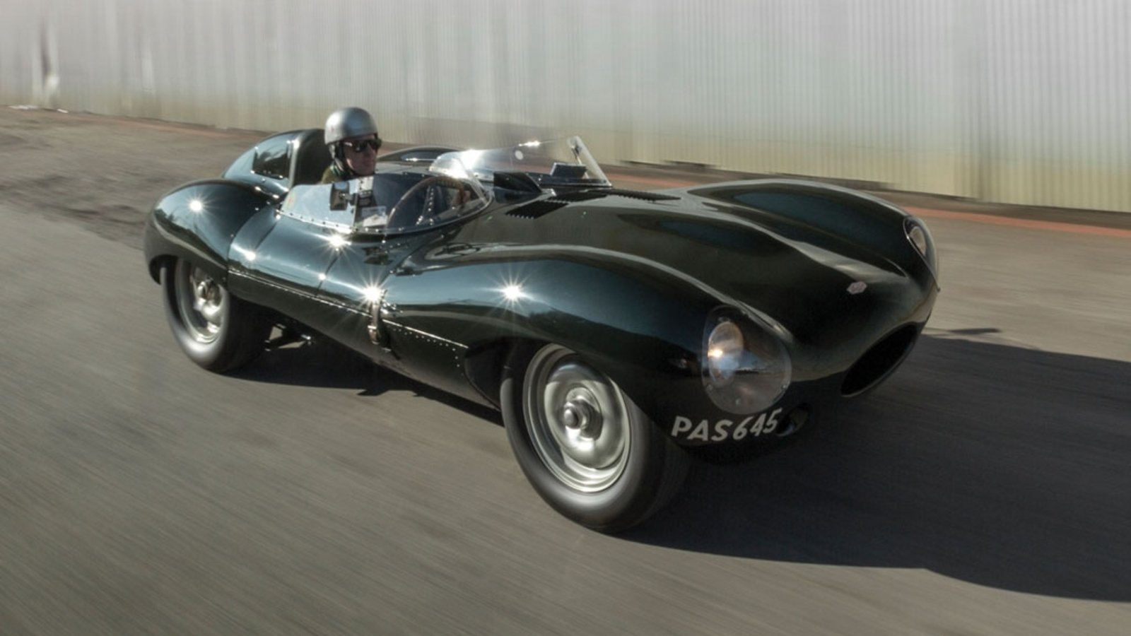 1955 jaguar d type auctioned review top speed. Black Bedroom Furniture Sets. Home Design Ideas