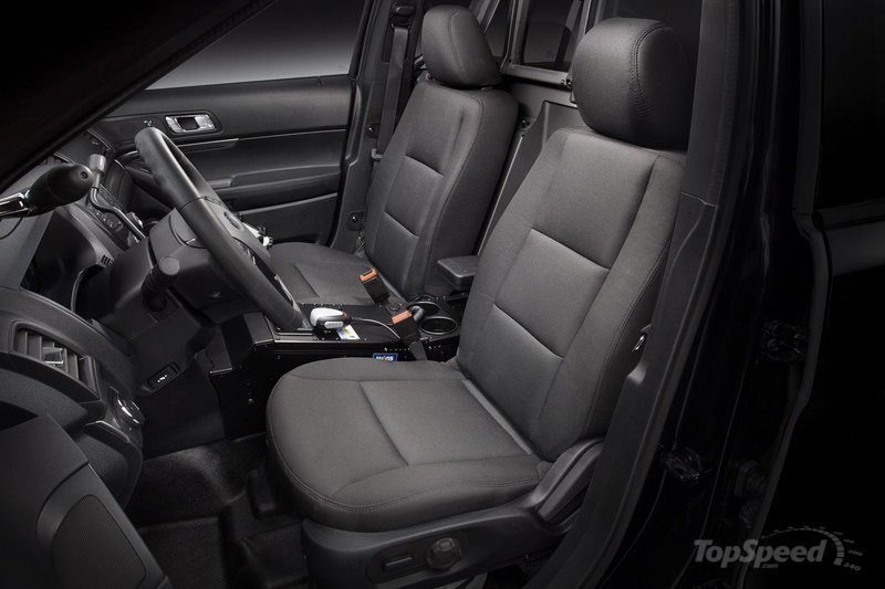 2016 Ford Police Interceptor Utility Interior - image 616238