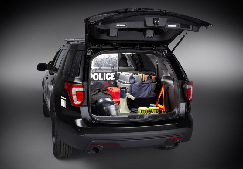 2016 Ford Police Interceptor Utility Exterior - image 616243