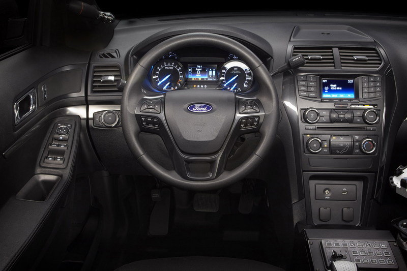 2016 Ford Police Interceptor Utility Interior - image 616236
