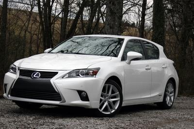 Cristian Moe spent a week with the Lexus CT 200h, check out his review at TopSpeed.com.
