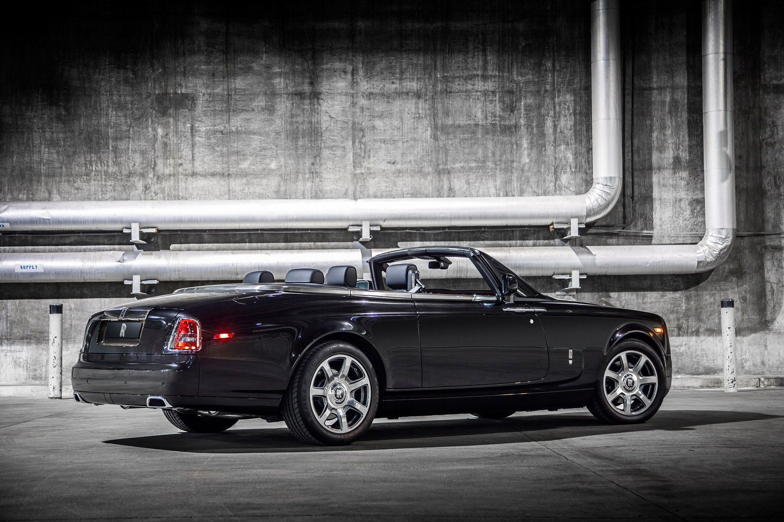 2015 rolls royce phantom drophead coupe nighthawk picture 615527 car review top speed. Black Bedroom Furniture Sets. Home Design Ideas