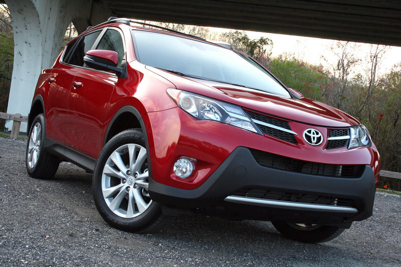 2015 Toyota RAV4 - Driven High Resolution Exterior - image 617536