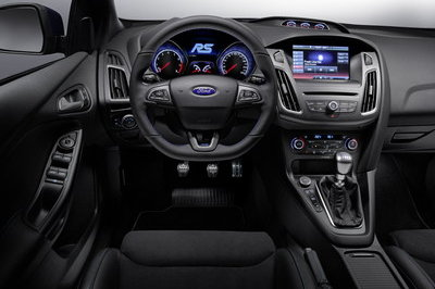 2016 Ford Focus RS - image 615129