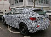 2016 Infiniti Q30 Drops Camouflage: Spy Shots - image 618475