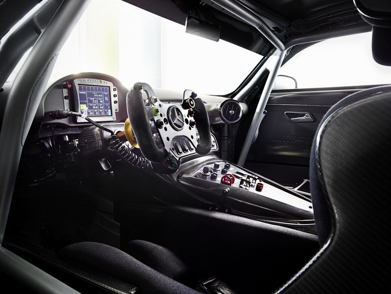 2016 Mercedes-AMG GT3 Interior - image 619108