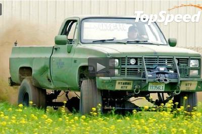 Video: 'Dirt Every Day' puts 40-inch tires on a '86 Chevy army truck