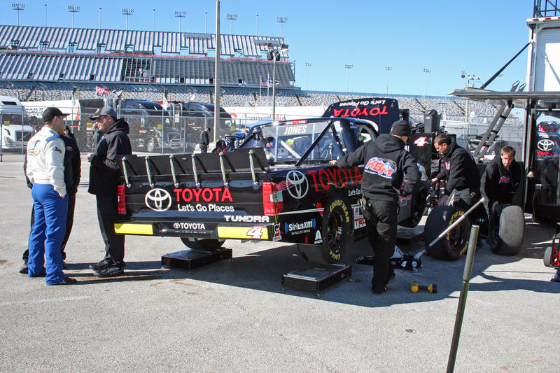 Behind the Scenes at the 2015 NASCAR Budweiser Duel