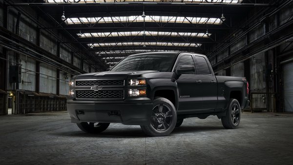 2015 chevrolet silverado black out special edition review gallery top speed. Black Bedroom Furniture Sets. Home Design Ideas