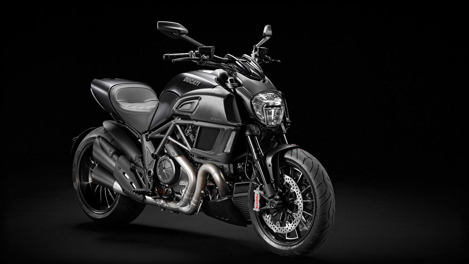 2015 ducati diavel review top speed. Black Bedroom Furniture Sets. Home Design Ideas