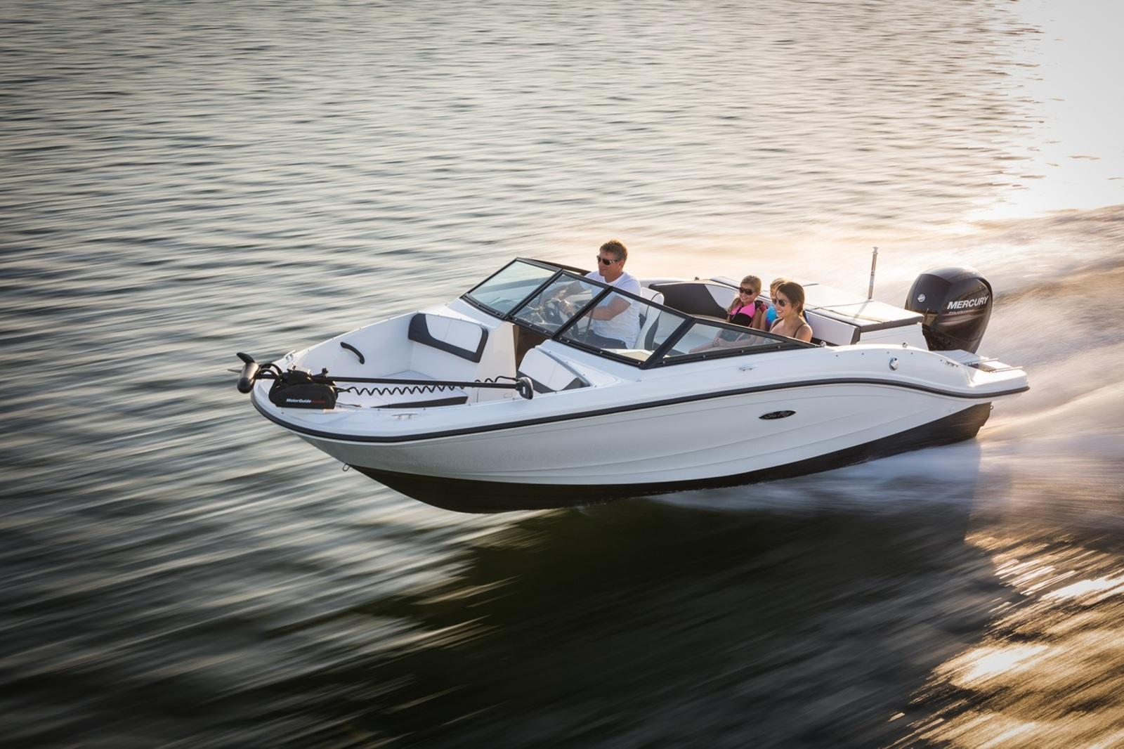 Sea Ray Boats: Models, Prices, Reviews, News, Specifications