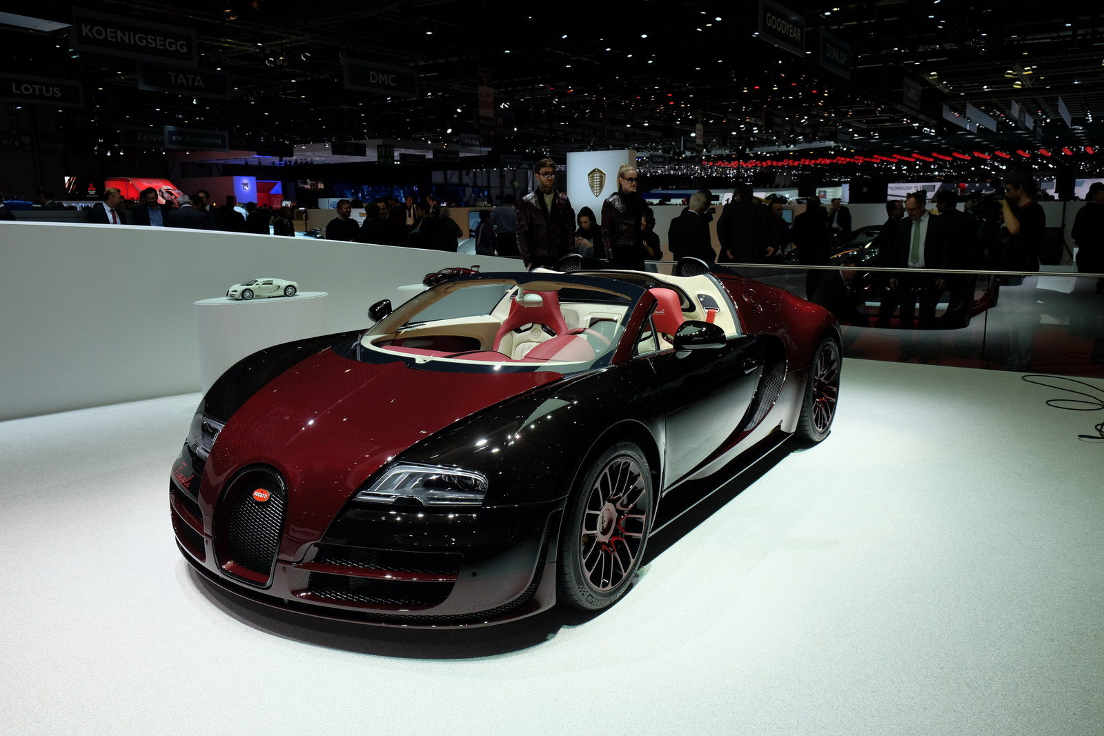 2015 bugatti veyron grand sport vitesse la finale picture 620502 car review top speed. Black Bedroom Furniture Sets. Home Design Ideas