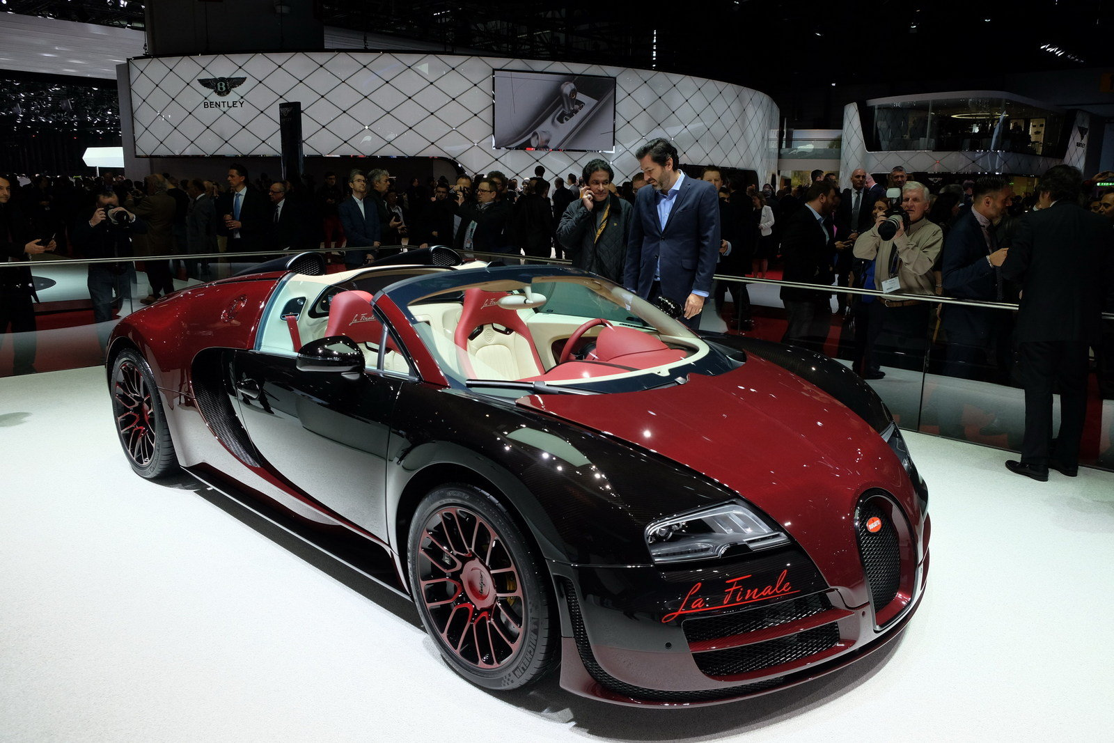2015 bugatti veyron grand sport vitesse la finale. Black Bedroom Furniture Sets. Home Design Ideas