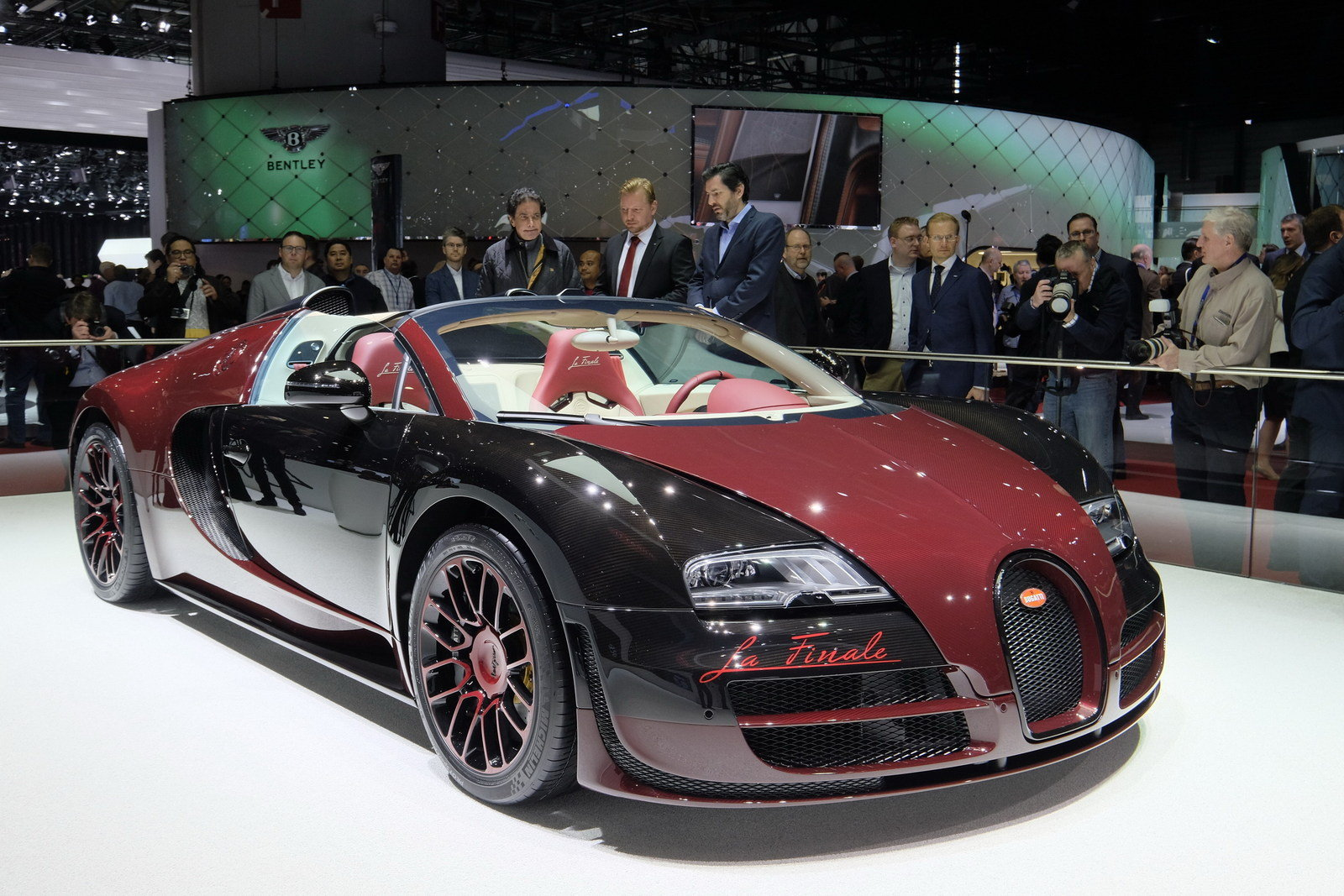 2015 bugatti veyron grand sport vitesse la finale picture 620512 car review top speed. Black Bedroom Furniture Sets. Home Design Ideas