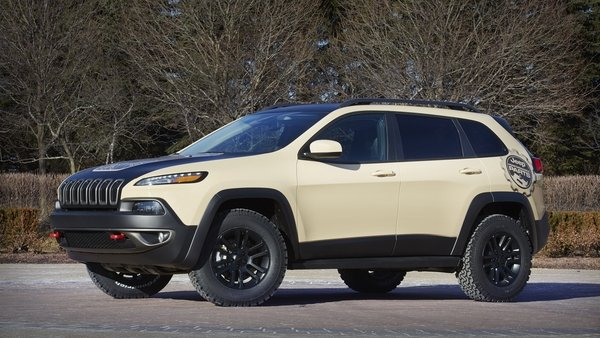 2015 Jeep Cherokee Canyon Trail Review - Top Speed