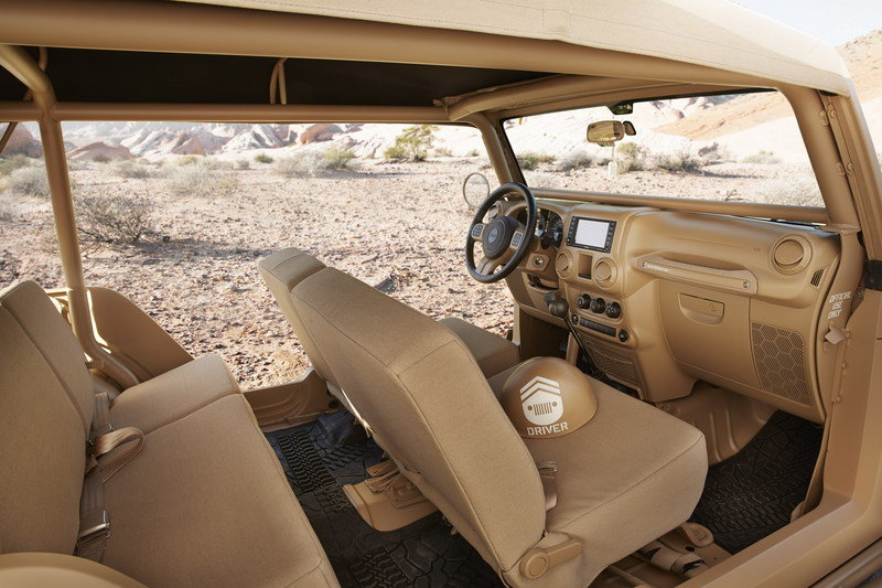 2015 Jeep Staff Car Interior - image 622843