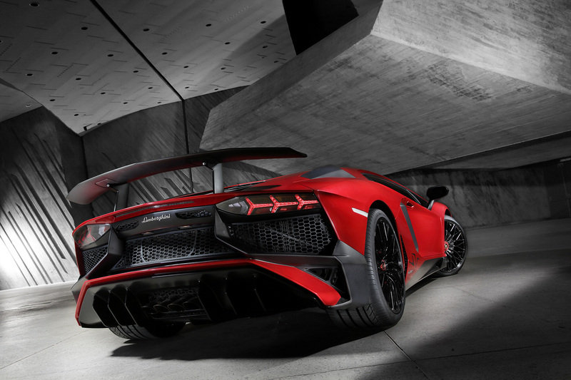 Lamborghini Is Successful as Hell, and That's Actually a Problem High Resolution Exterior - image 619704