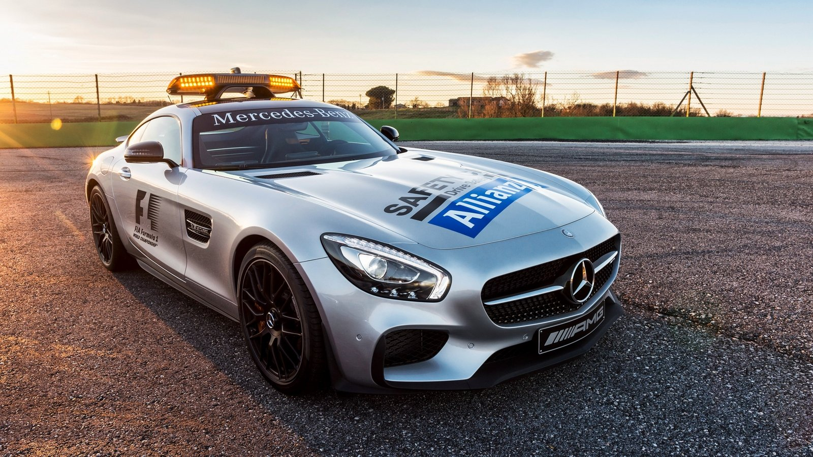 2015 mercedes amg gt s f1 safety car review top speed. Black Bedroom Furniture Sets. Home Design Ideas