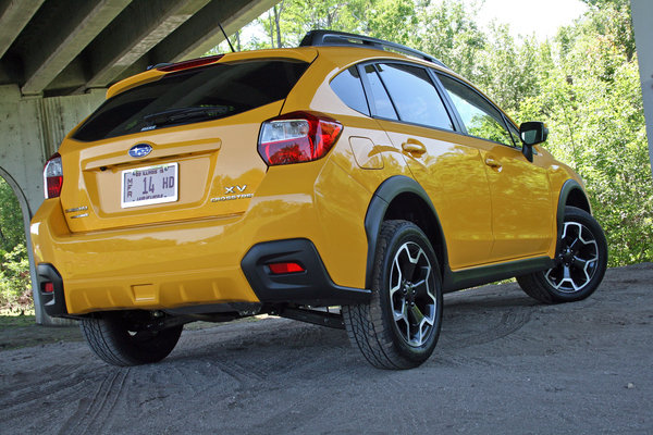 2015 subaru xv crosstrek driven car review top speed. Black Bedroom Furniture Sets. Home Design Ideas