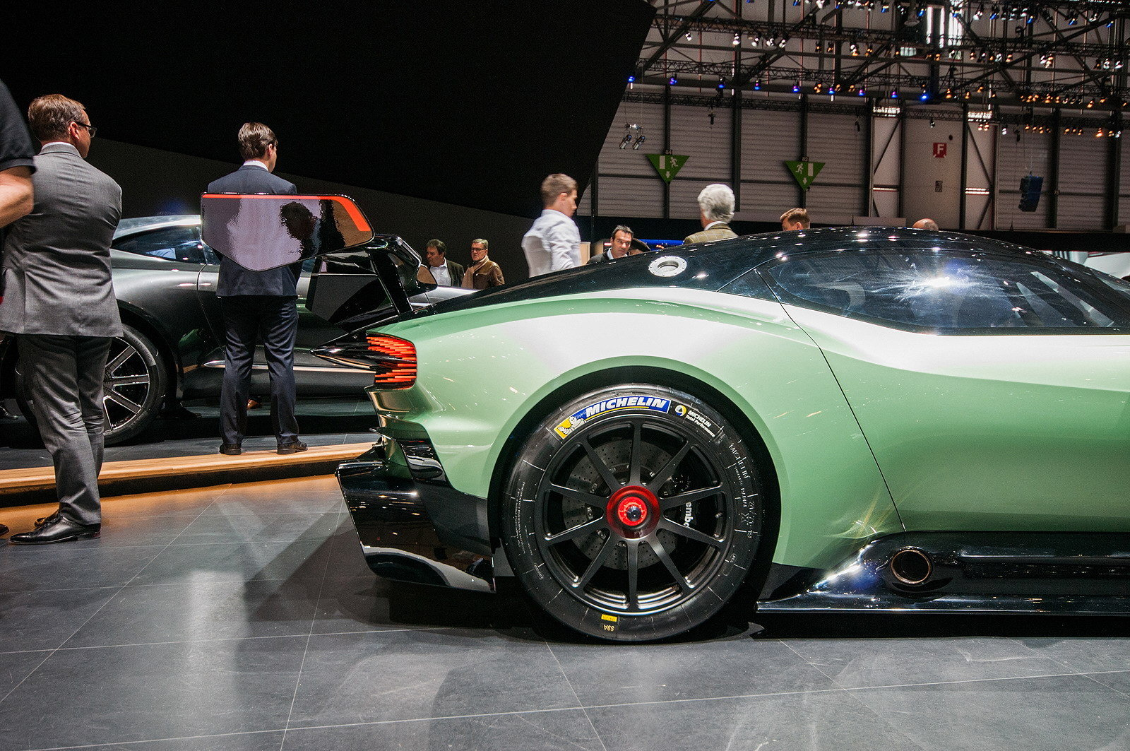 2016 aston martin vulcan picture 621903 car review top speed. Black Bedroom Furniture Sets. Home Design Ideas