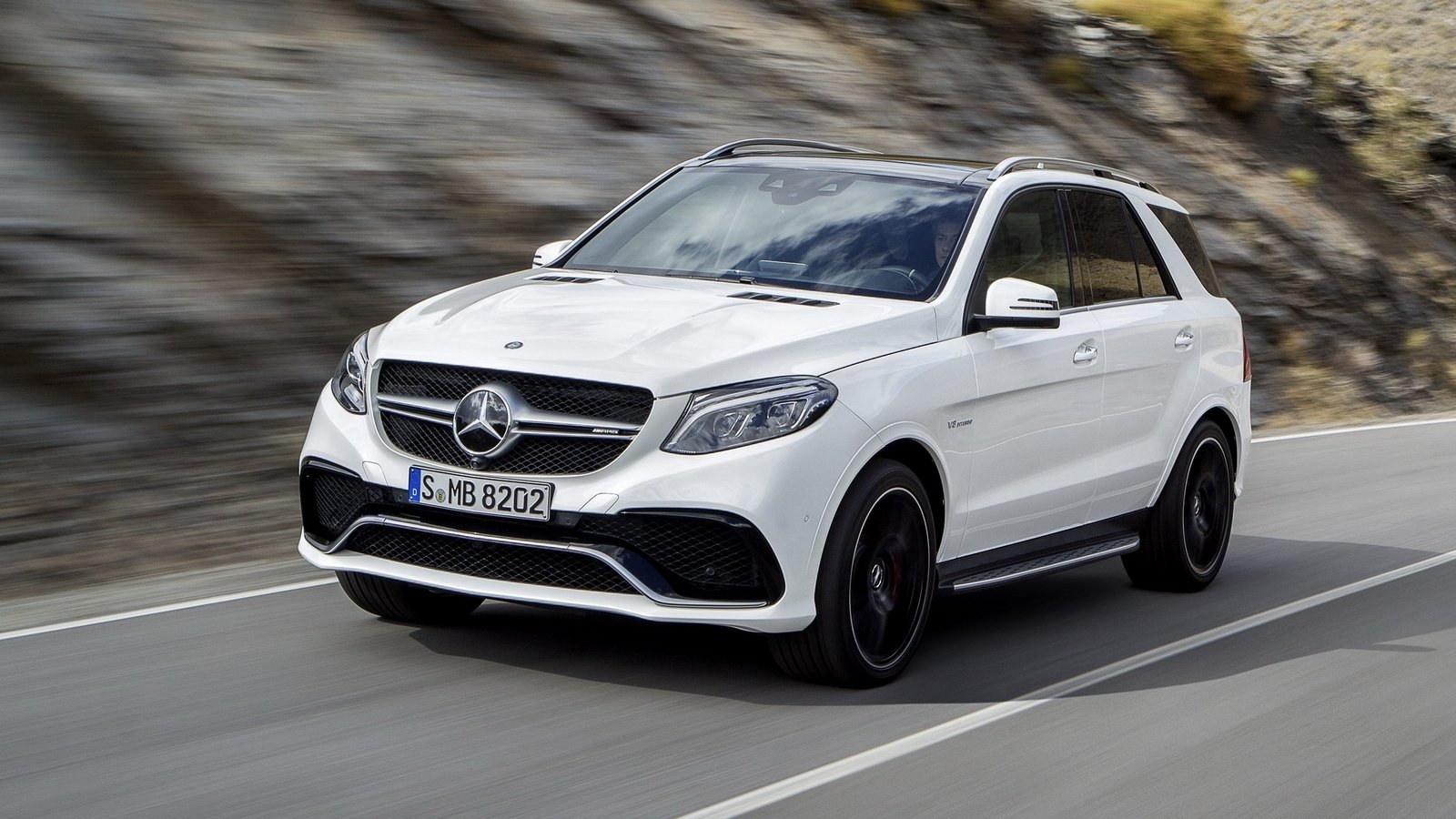 2016 mercedes amg gle63 review top speed. Black Bedroom Furniture Sets. Home Design Ideas