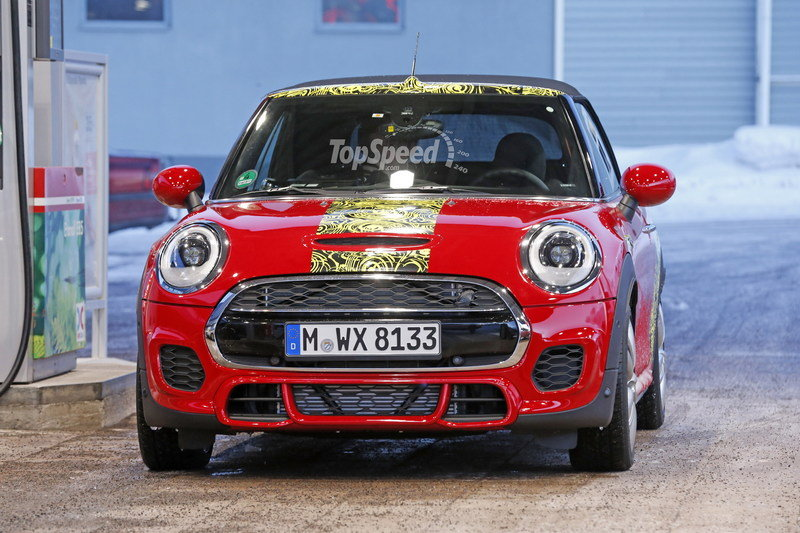 Mini JCW Convertible Shows Some Skin: Spy Shots Exterior Spyshots - image 621275