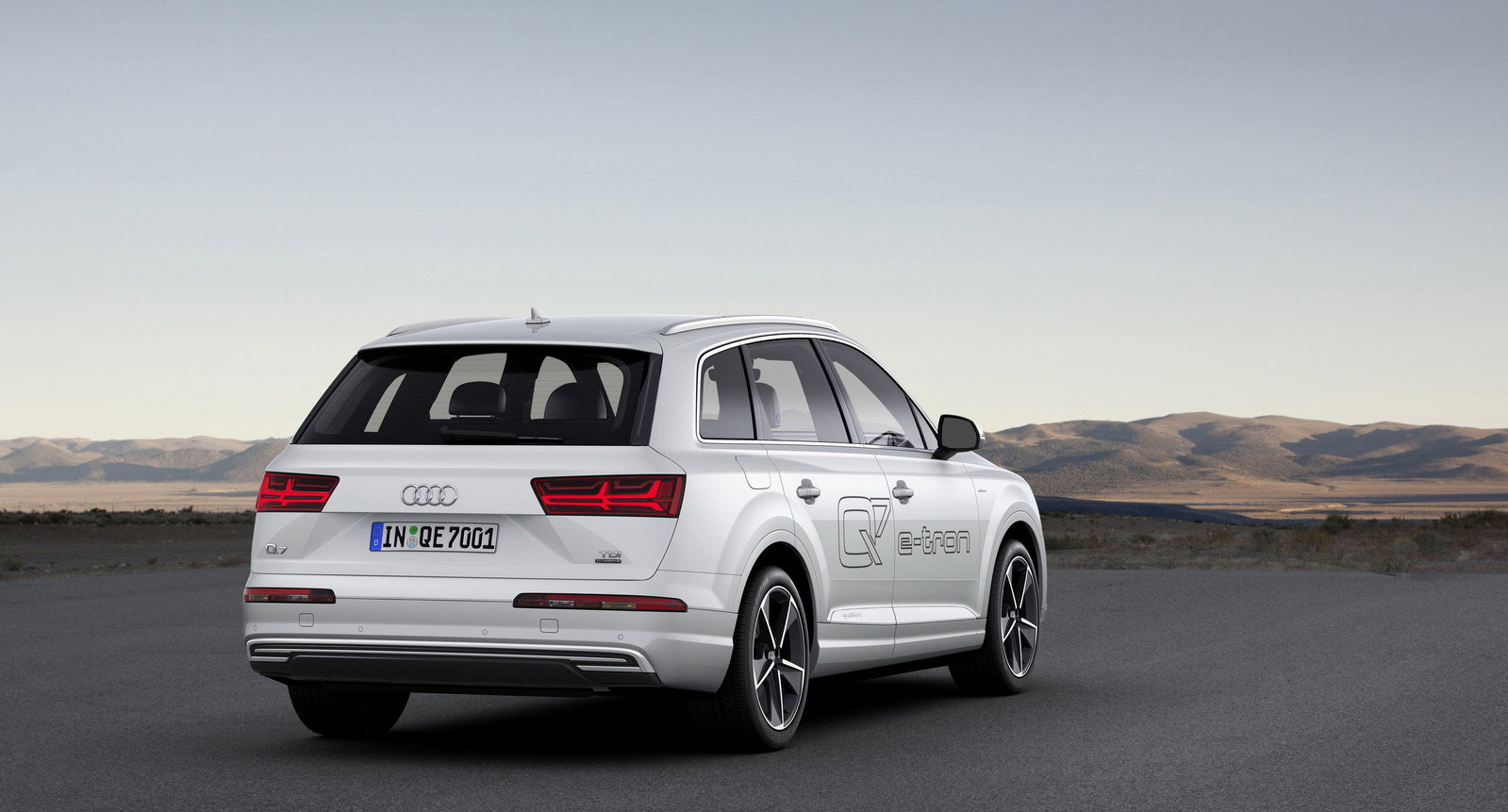 2016 audi q7 e tron 3 0 tdi quattro picture 619498 car review top speed. Black Bedroom Furniture Sets. Home Design Ideas