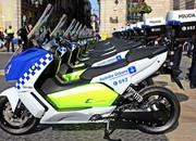 BMW Delivers Fleet Of Electric Maxi Scooters To Barcelona Police - image 621607